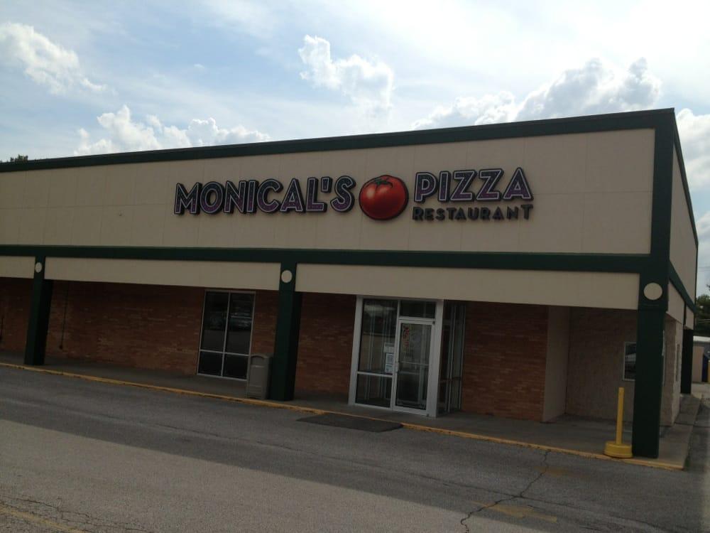 Monical's Pizza: 1600 A St NE, Linton, IN