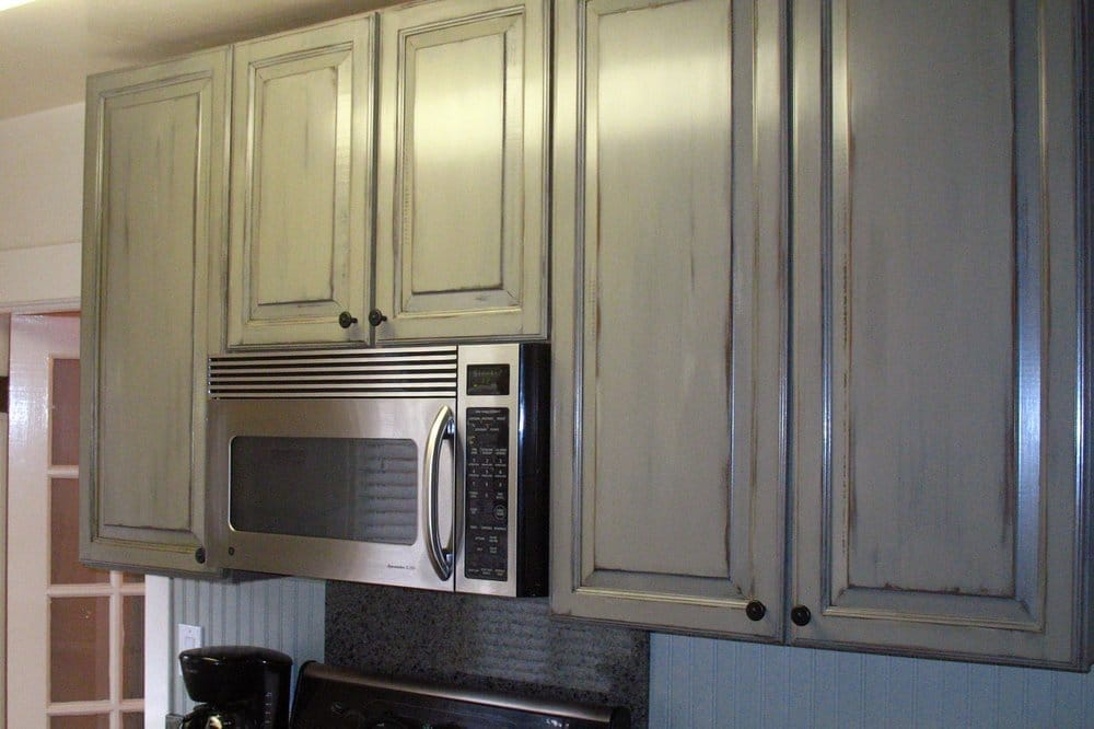 Kitchen cabinets with antique paint finish for cottage for Antiquing painted kitchen cabinets