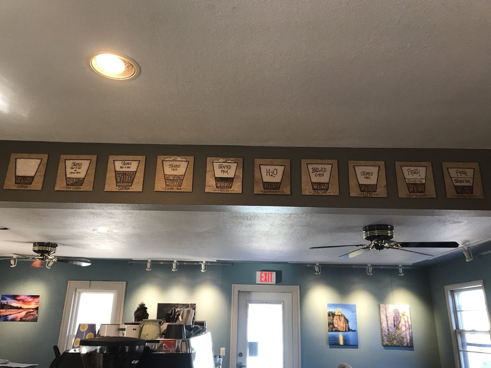 In Hot Water Coffee & Tea House: 25 Cedar St E, Annandale, MN