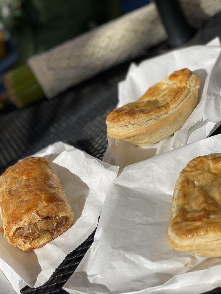 BurtoNZ bakery: 9076 Brooks Rd S, Windsor, CA
