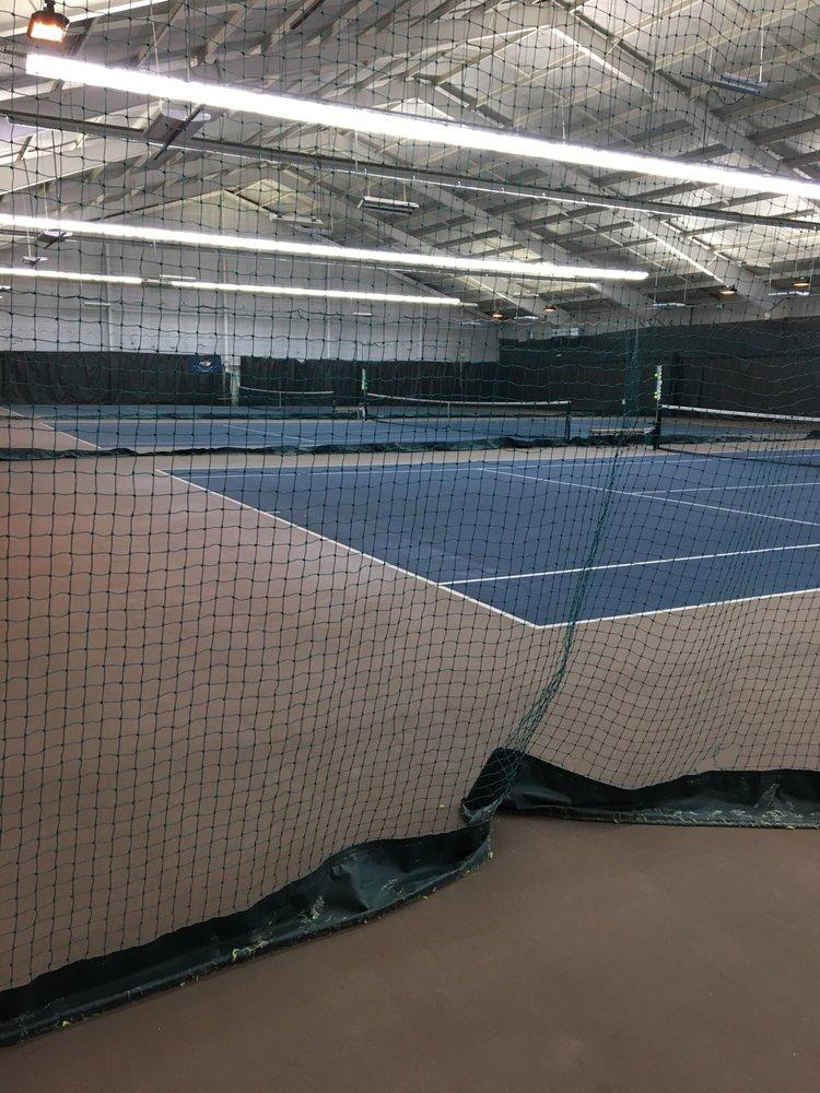 40 West Racquet Club