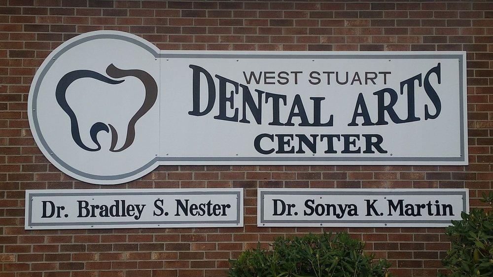 West Stuart Dental Arts Center: 1192 W Stuart Dr, Hillsville, VA