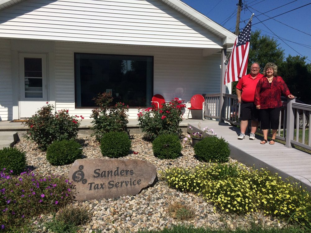 Sander's Tax Service: 204 S Madison Ave, Fowler, IN
