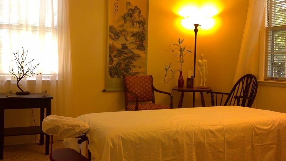 Dr. Chang Sandalwood Acupuncture: 2929 Berry Hill Dr, Nashville, TN