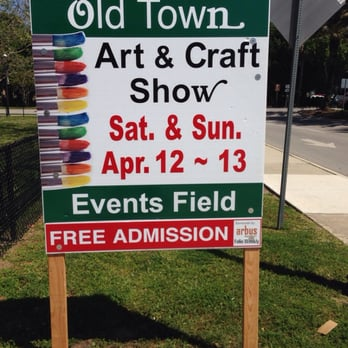 Old town art craft show festivals 25 w castillo dr for Arts and crafts shows in florida
