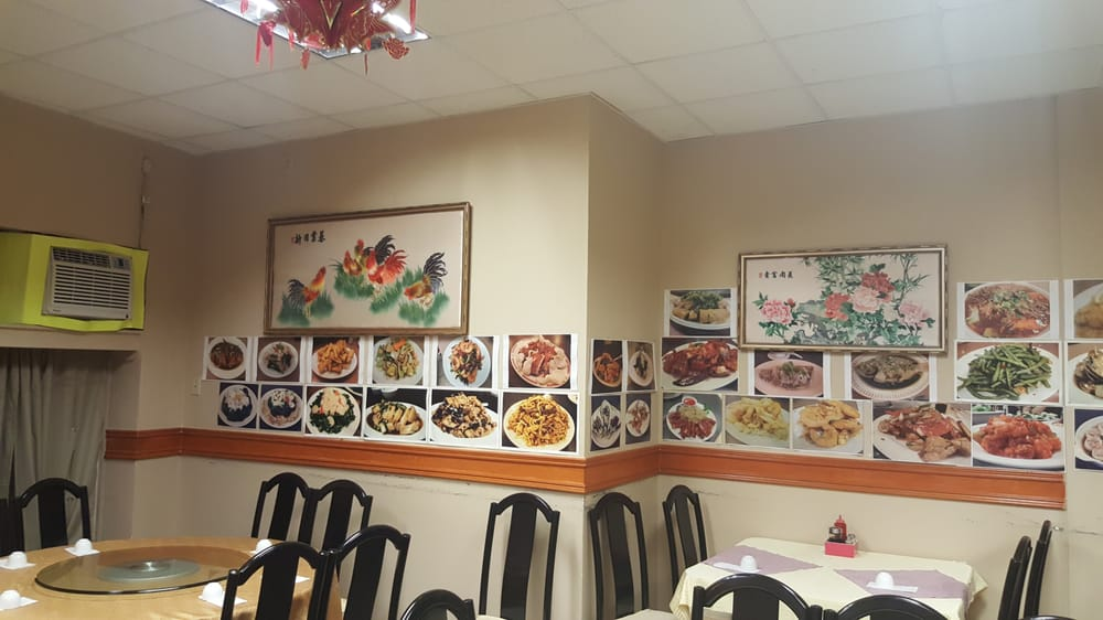 Rose Garden Chinese Cuisine: 492 University Avenue W, Windsor, ON