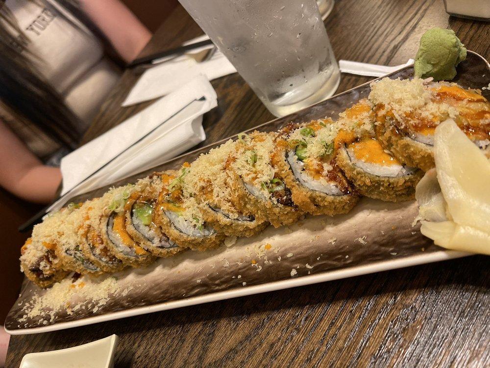 Mizu Sushi Bar & Japanese Grill: 1620 N Ankeny Blvd, Ankeny, IA