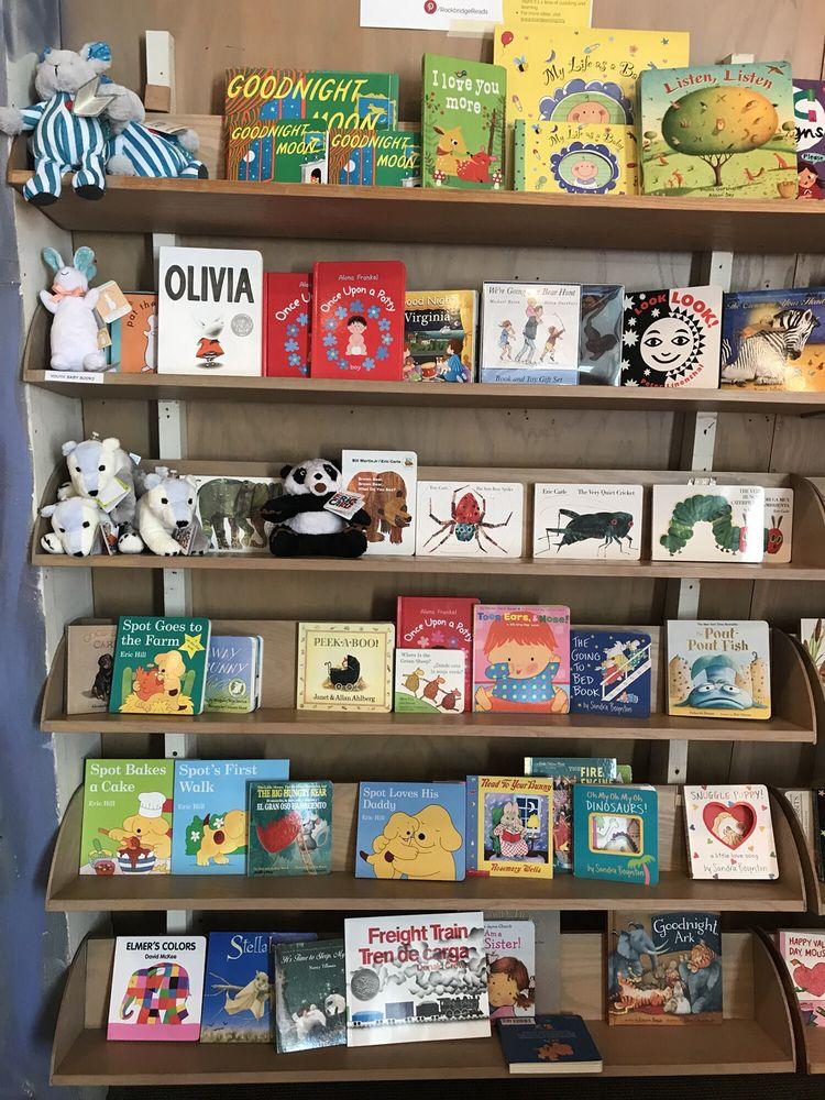 Books & Co: 29 W Nelson St, Lexington, VA