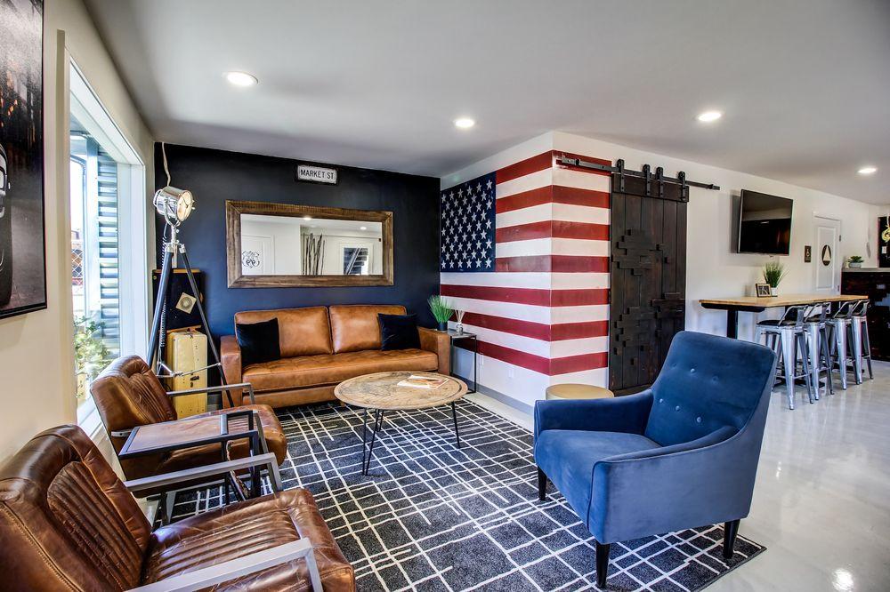 Americana Modern Hotel: 1241 Market St, Redding, CA