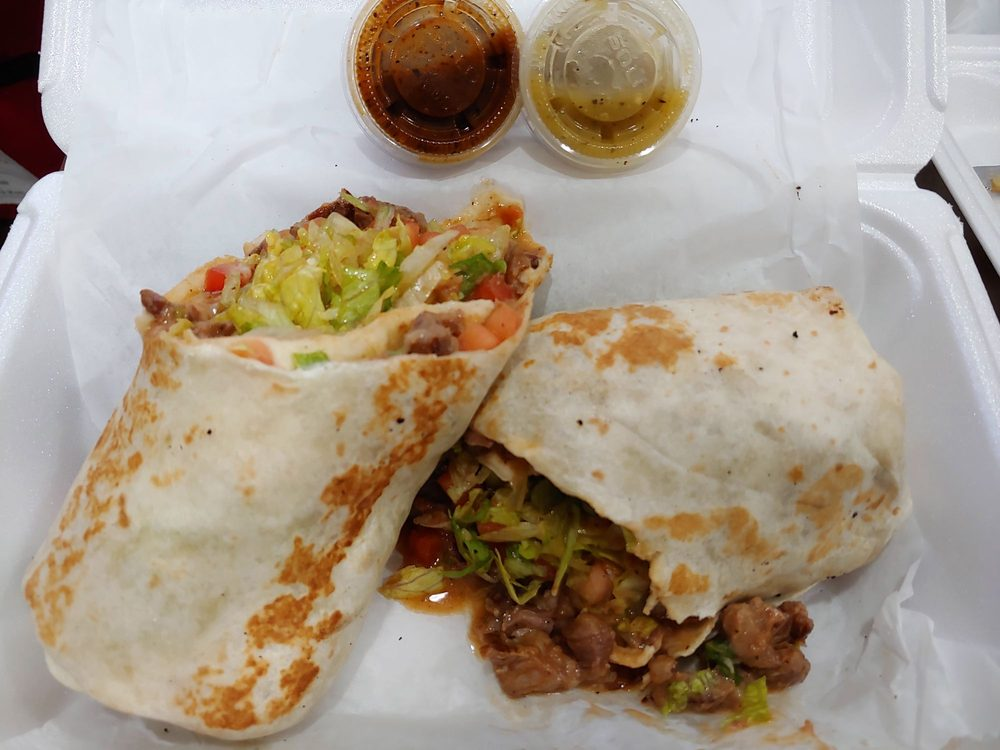 Food from Los Azares Mexican Grill