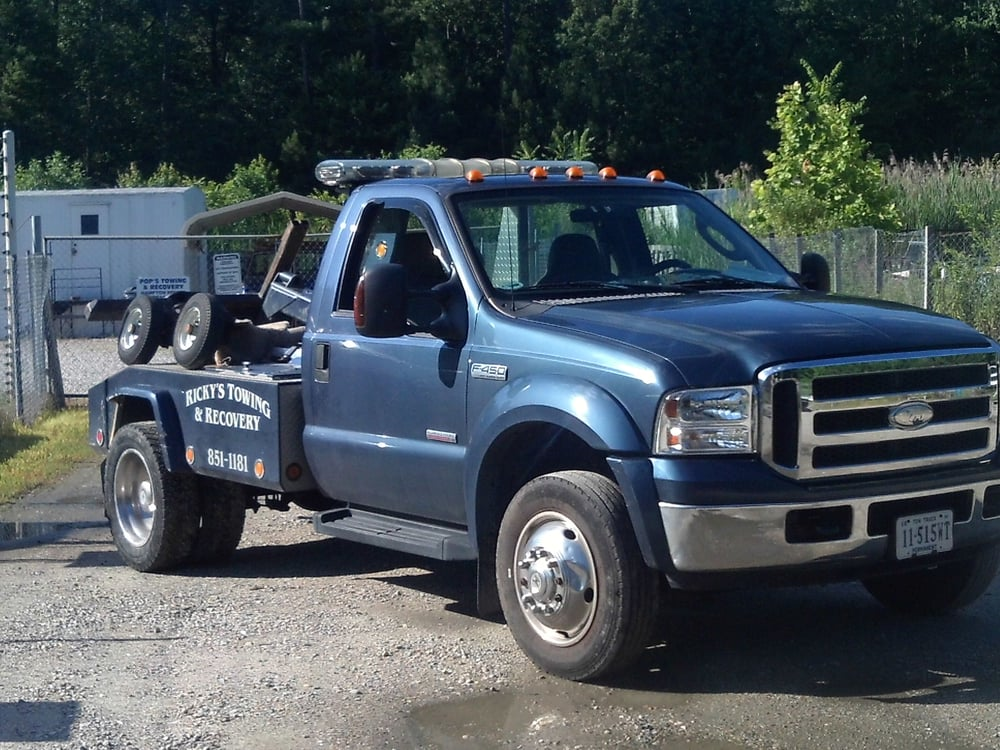 Towing business in Poquoson, VA