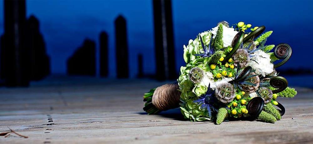 The Gateway Florist: 914 Bay Ridge Rd, Annapolis, MD