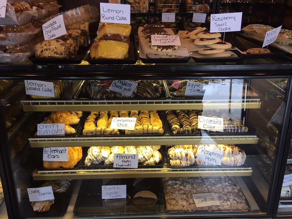 Royalicious Bagel Bakery: 126 Patrick Henry Way, Charles Town, WV