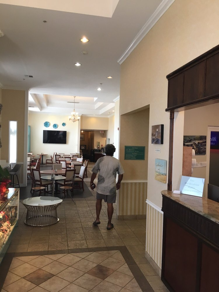 MorningGlory Hotel, Resort & Suites: 685 Ocean Shores Blvd NW, Ocean Shores, WA