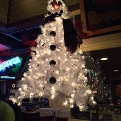 Chili's - 20 Photos & 37 Reviews - Bars - 300 E Rollins Rd, Round ...
