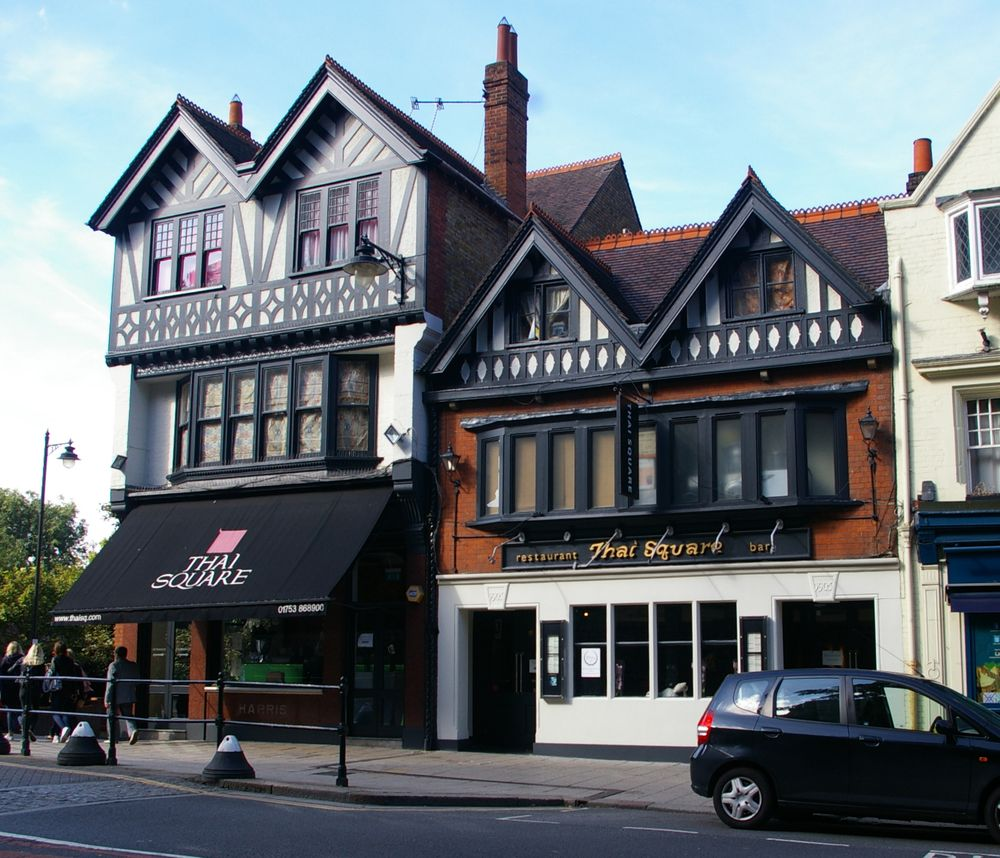 Thai Square: 29 Thames Street, Windsor, WNM