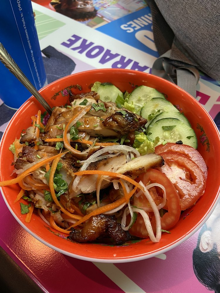 Food from Souper Bowls