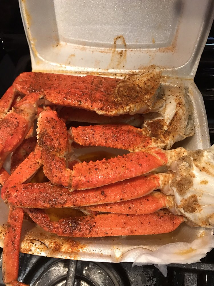 Crab Pot: 2678 Godby Rd, College Park, GA