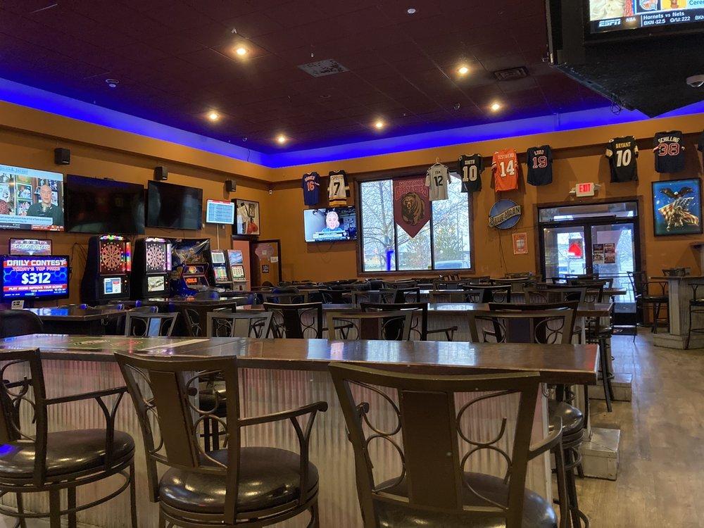 Manny's Sports Bar: 4241 Kari Ln, Billings, MT