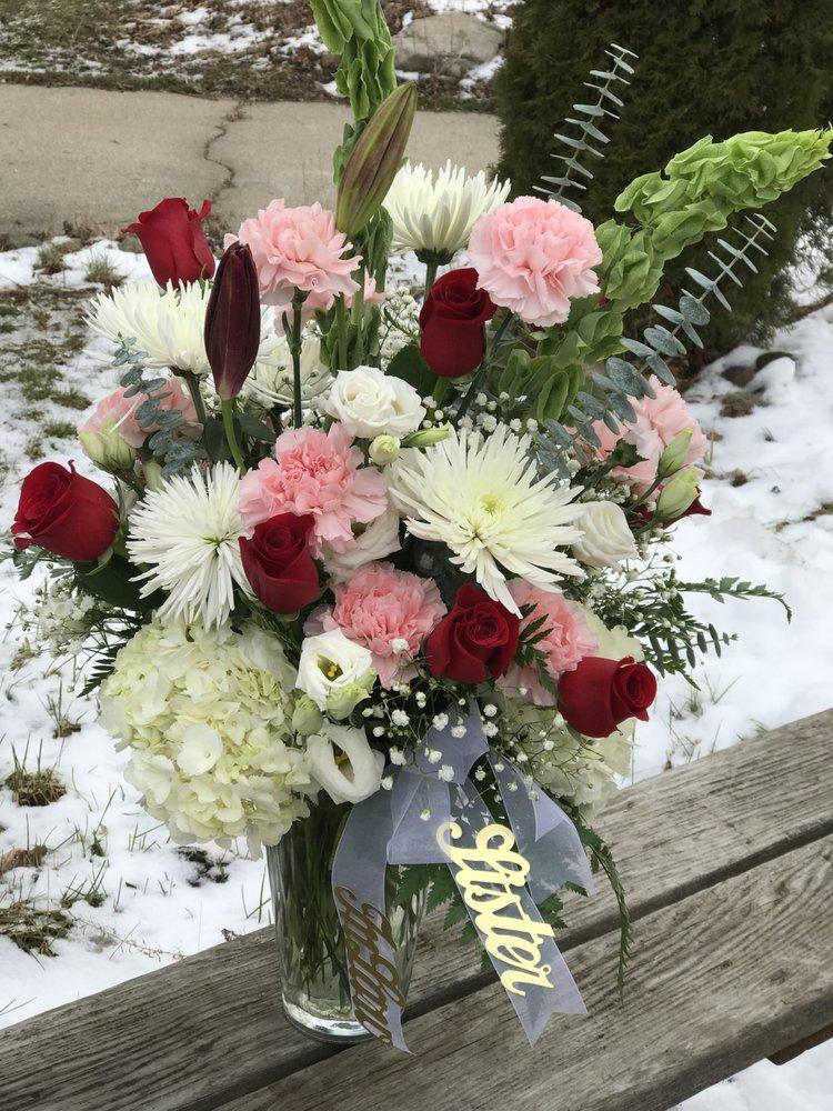 Aaron's Flowers Design & Consulting: 7525 Midland Rd, Freeland, MI