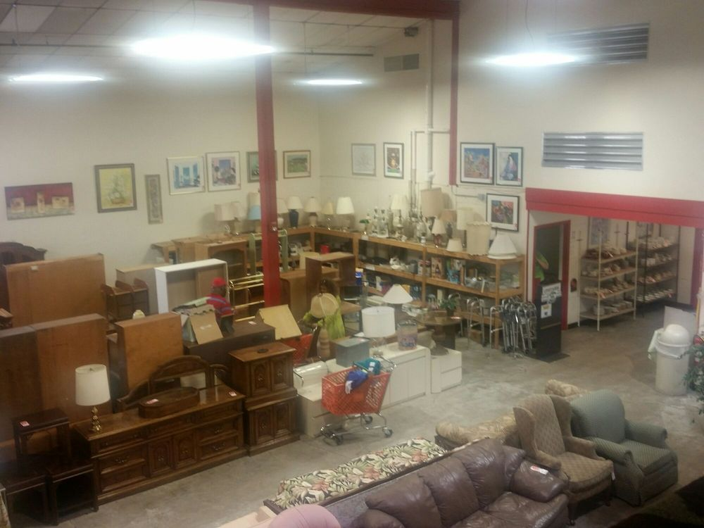 Restoration Ministries Thrift Store: 351 W 162nd St, South Holland, IL
