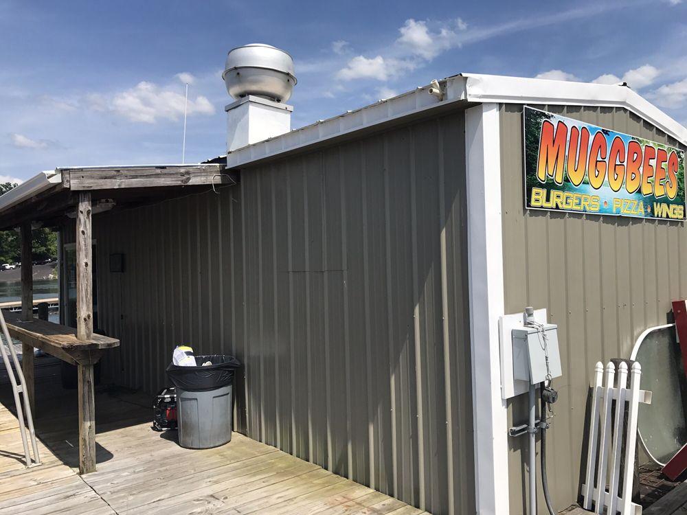Muggbees: 680 W Lakeshore Dr, Burnside, KY