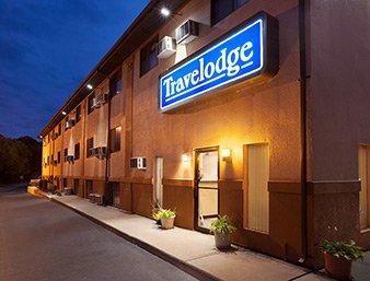 Travelodge by Wyndham La Porte/Michigan City Area: 438 Pine Lake, LA Porte, IN