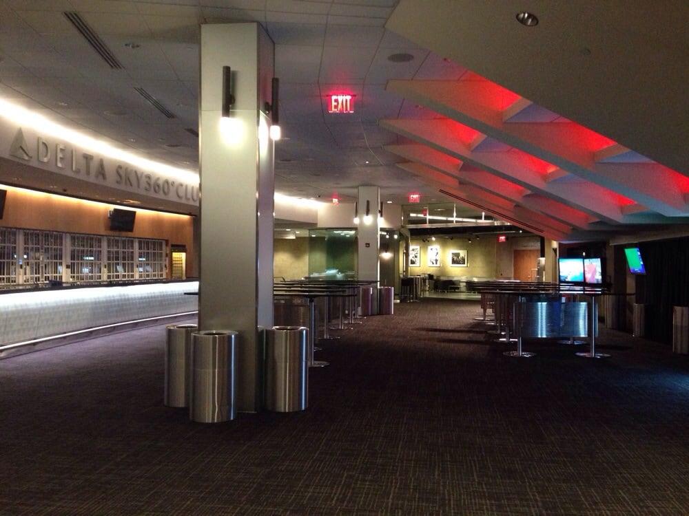 Delta 360 Lounge F R Die 800 Besseren G Ste Yelp