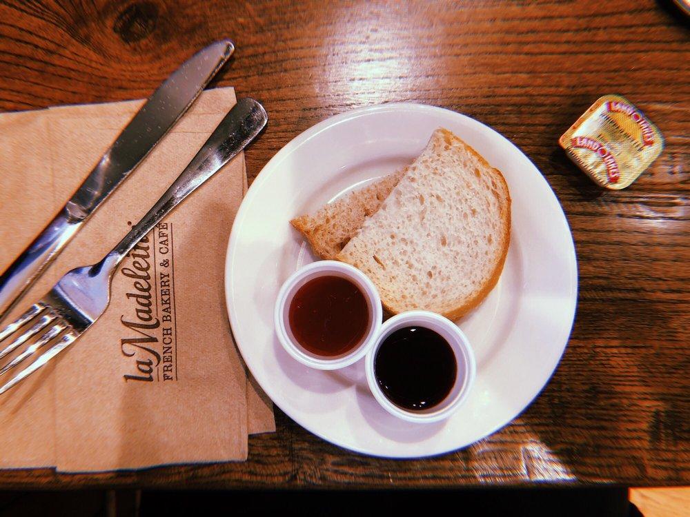 la Madeleine French Bakery & Café