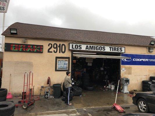 Amigos Tire Shop >> Los Amigos Tire Service 2910 W 1st St Santa Ana Ca Car