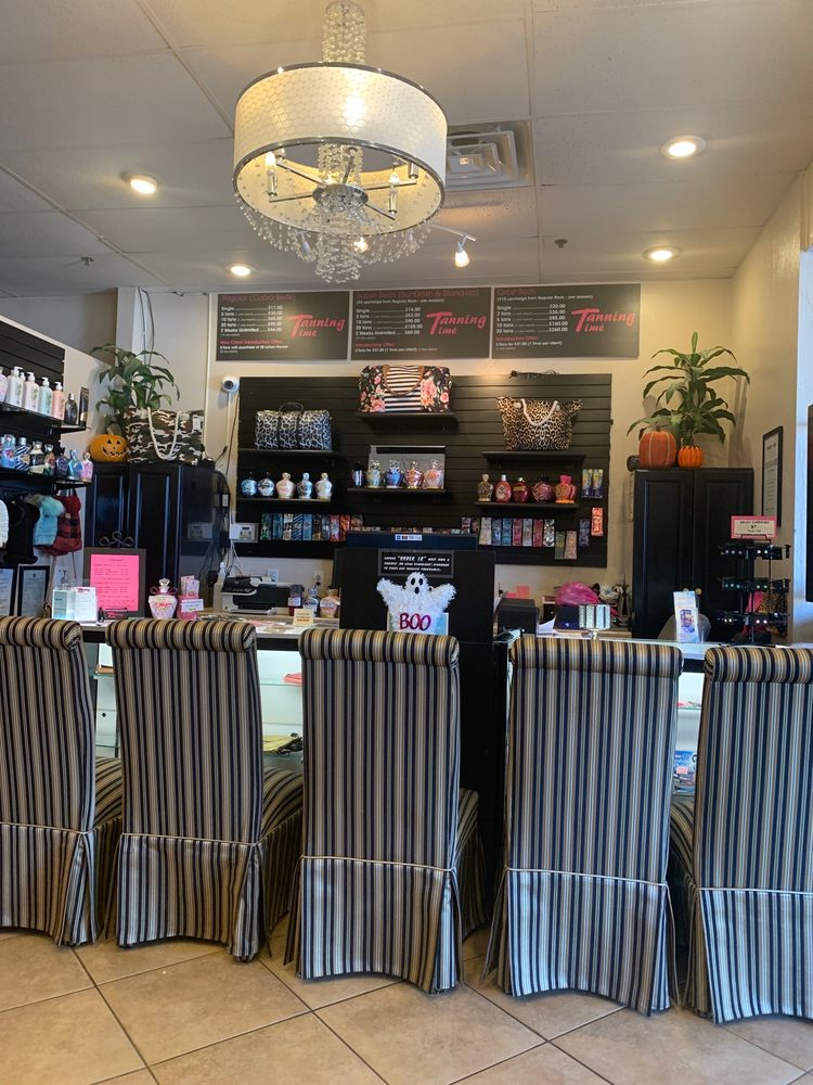 Tanning Time Salon & Boutique: 1800 S Milton Rd, Flagstaff, AZ