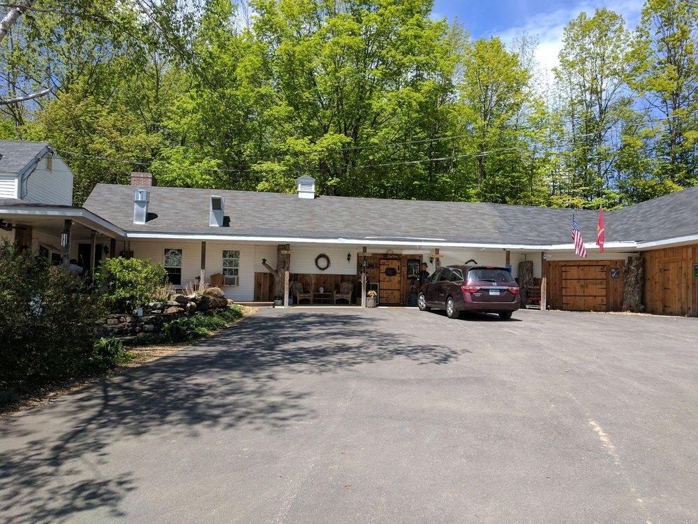 Gilmanton Winery & Vineyard: 528 Meadow Pond Rd, Gilmanton, NH