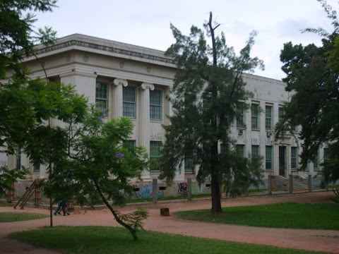 Instituto De Educação General Flores Da Cunha Secondary