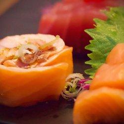 Ahi Sushi Bar Sushi Bars 130 Photos 32 Reviews 1527 Sw 8th