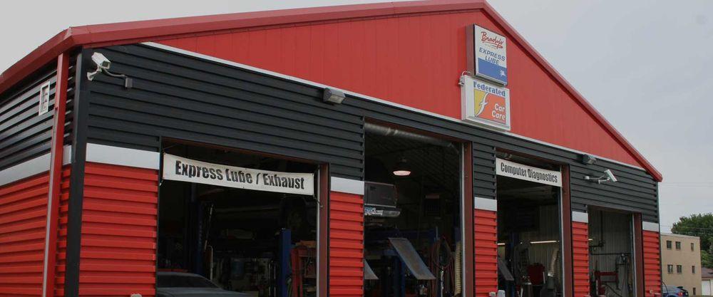 Brady's Service Center: 2404 8th St S, Moorhead, MN