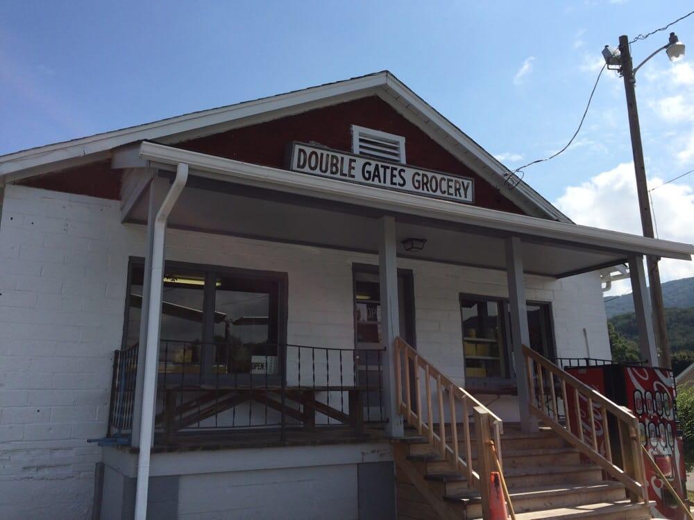 Double Gates Grocery: 401 Mountain Ln, Bluefield, VA