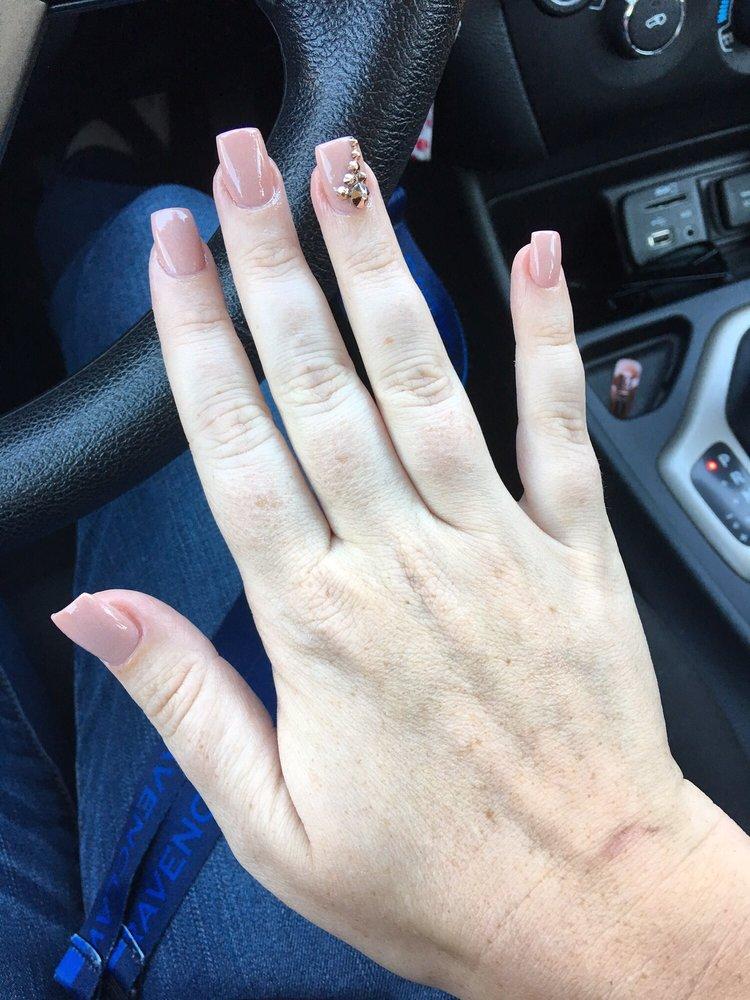 Hollywood Nails: 4102 Buffalo Gap Rd, Abilene, TX