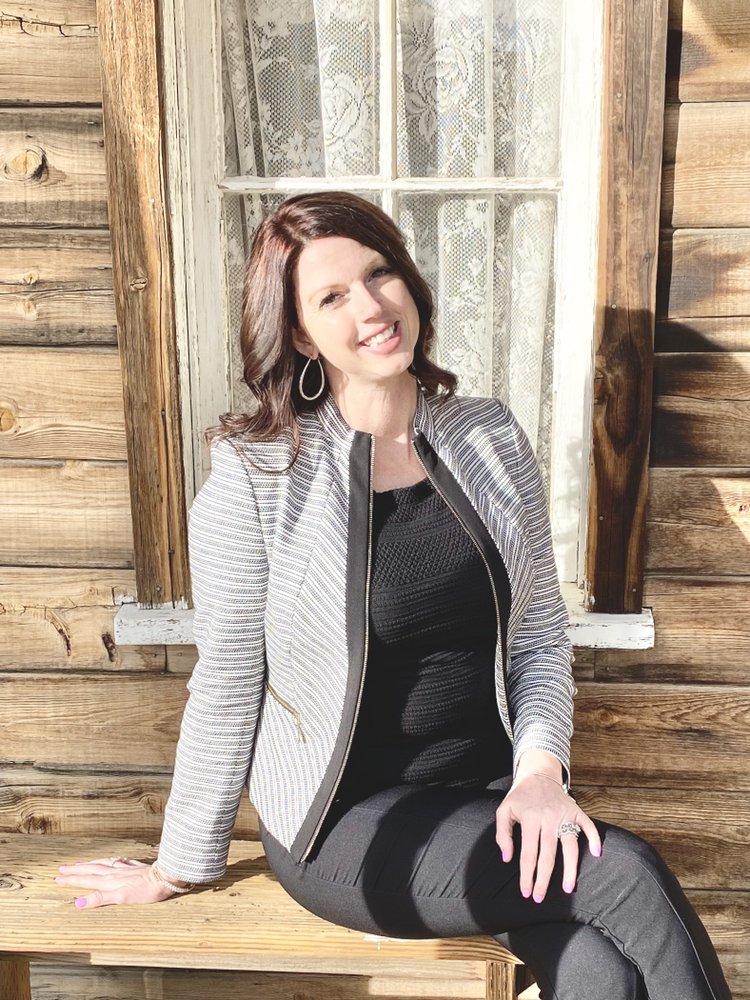 Stephanie Heiser -  REALTOR, Modern Broker: Visalia, CA