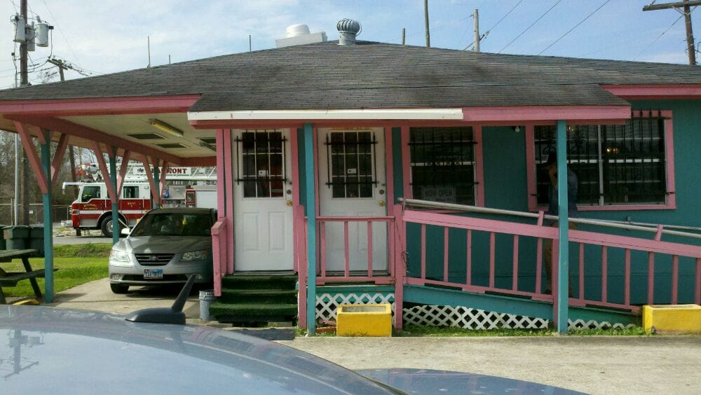 Southern Delight Cafe 1: 3195 Washington Blvd, Beaumont, TX