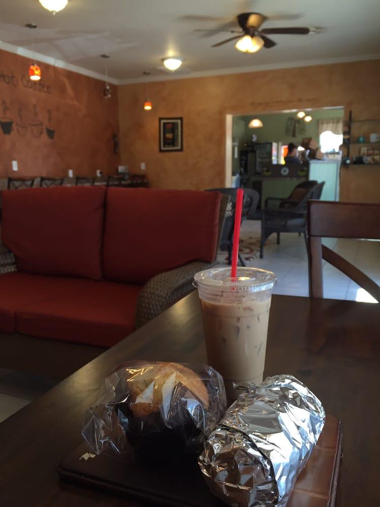 Willow Coffee, Tea & Smoothies: 921 Edison St, Brush, CO