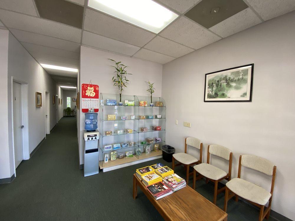 Chen's Acupuncture & Herbs