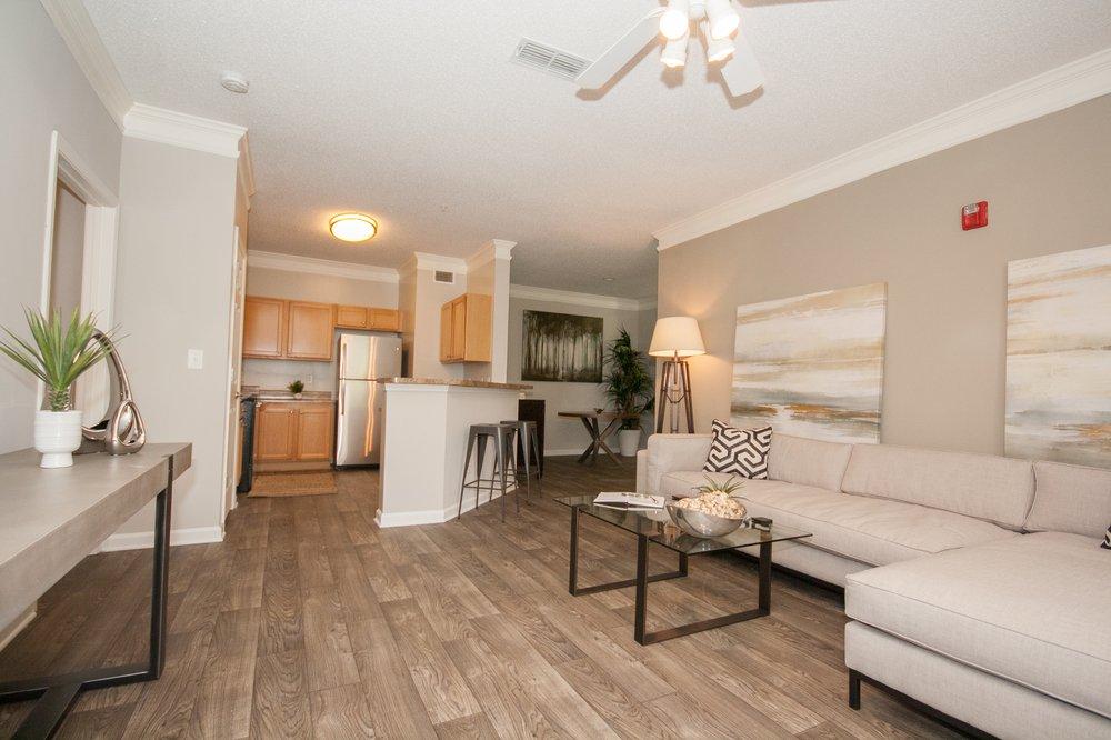 Villas At Hampton: 12227 Tara Blvd, Hampton, GA