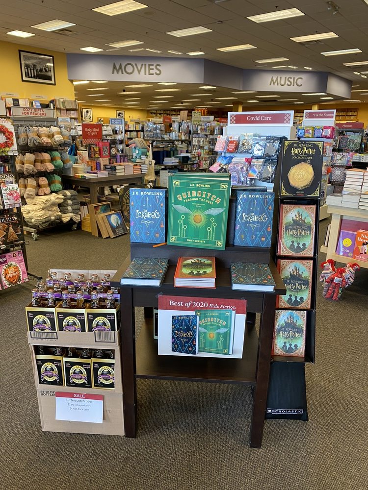Books A Million: 5125 Jonestown Rd, Harrisburg, PA