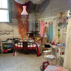 east aurora women 6 reviews of walk-in closet i walked into the store and was delighted to see great selections and great prices the owner was extremely friendly and helpful and the notecards that i purchased at a very reasonable price were the owner's, cheryl.