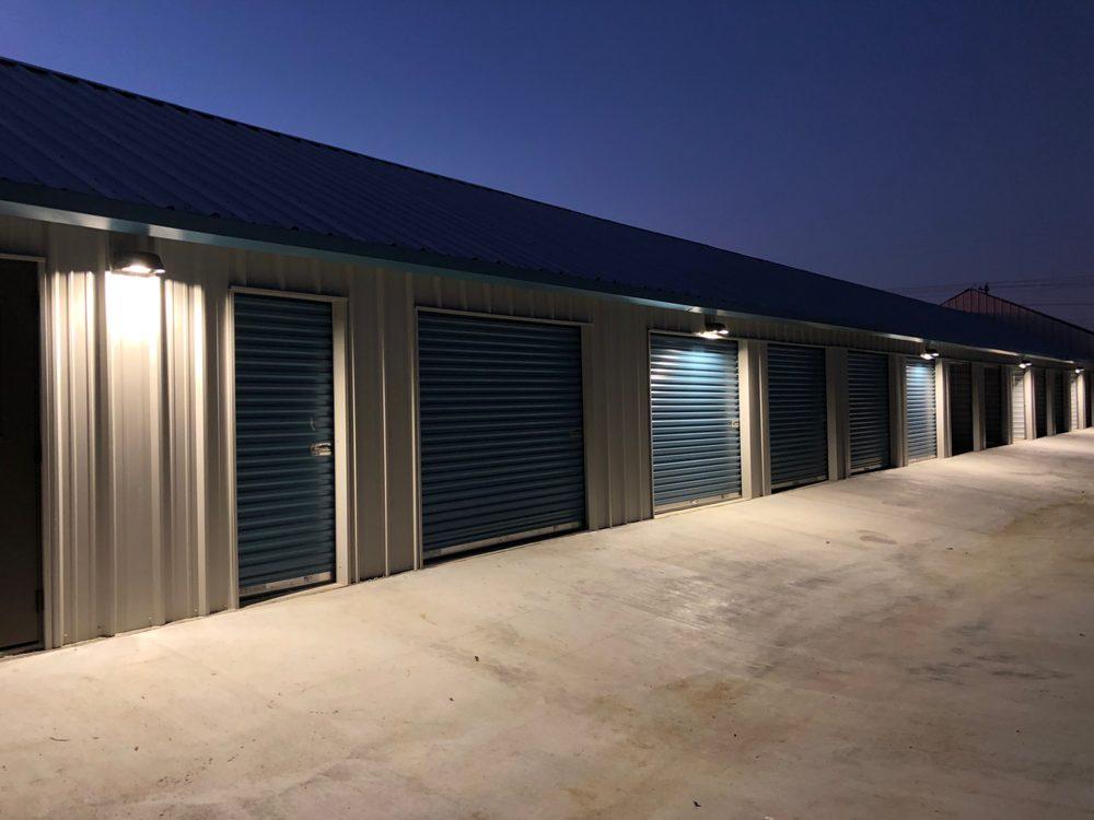 Guard Dog Self Storage: 850 Fm2001, Buda, TX