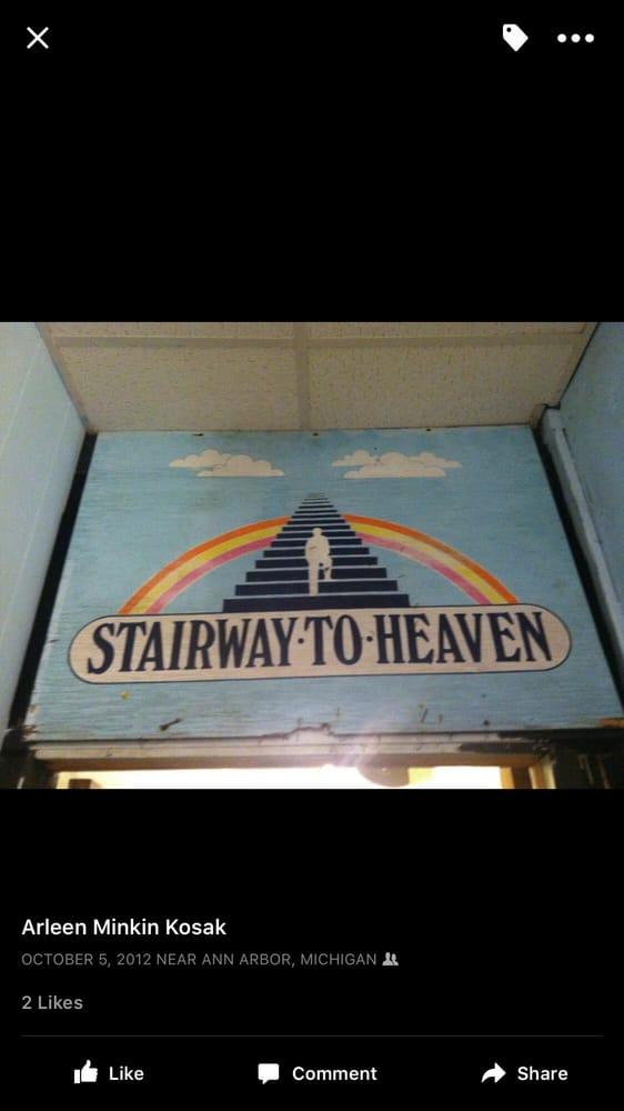 Stairway to heaven tabaccherie 340 1 2 s state st for Affitti della cabina di ann arbor michigan