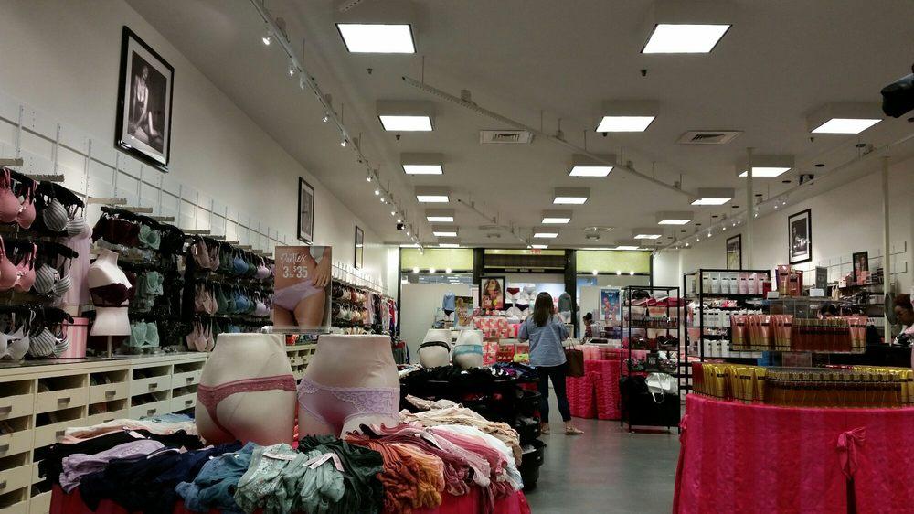 Victoria's Secret & PINK: 6001 W Waco Dr, Waco, TX