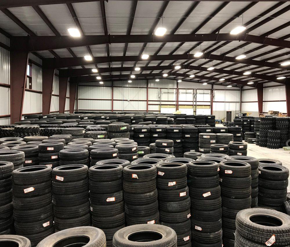 Tredz Central Tire Pros: 3200 US Hwy 77, Cortland, NE