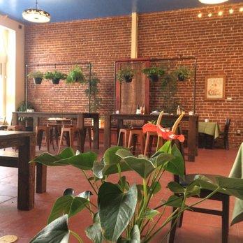 Myrtle Tree Garden Cafe Market Order Online 213 Photos 104 Reviews Cafes 405 S