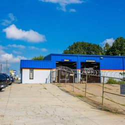 Figs Auto Repair 51 Photos Auto Repair 2600 Freedom Dr